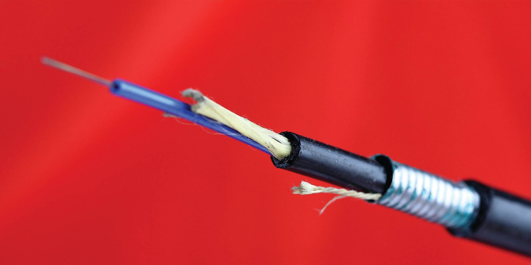 loose-tube-armored-fiber-optic-cable