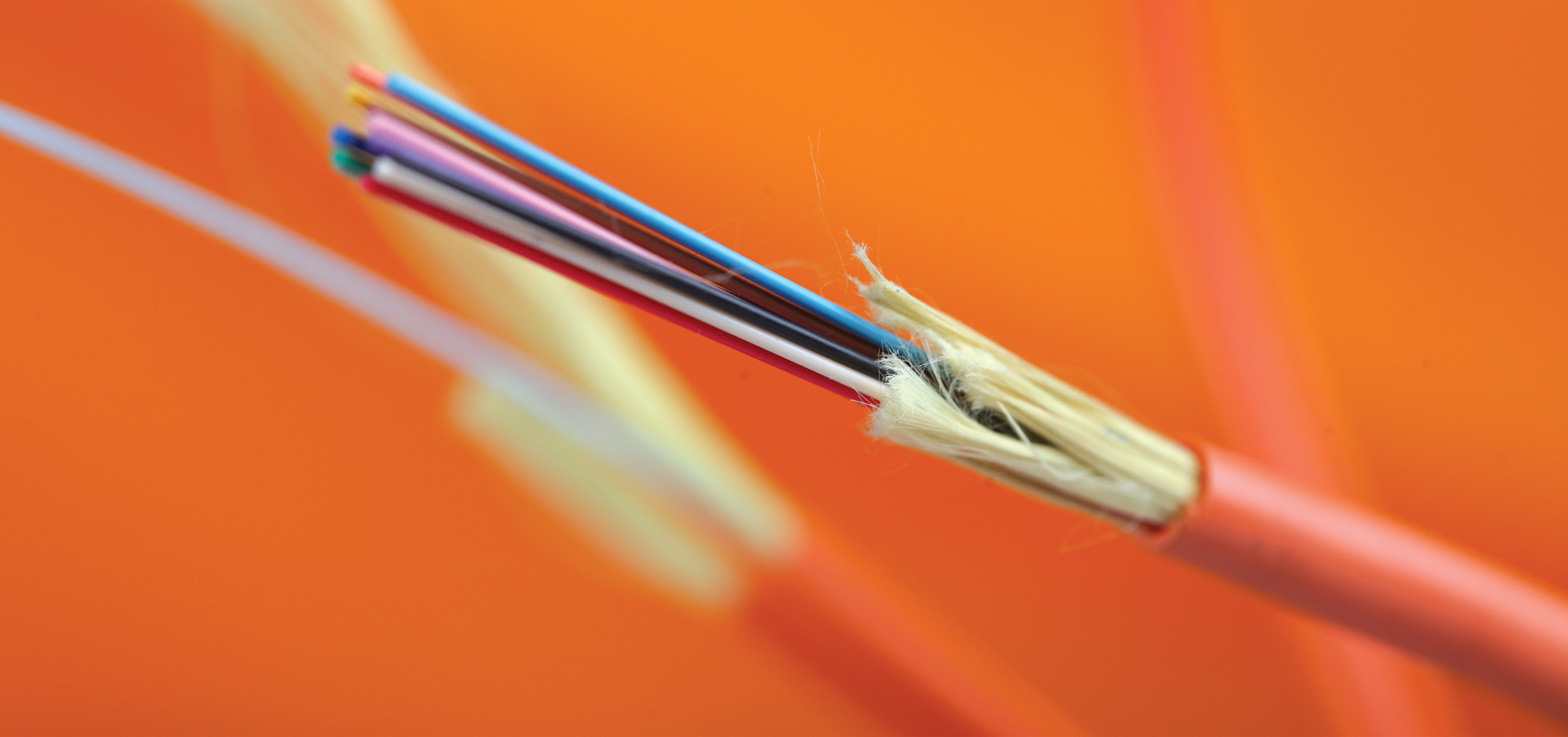 tight-buffer-indoor-fiber-optic-cable